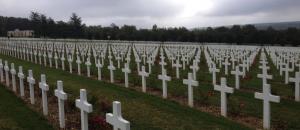 Friedhof vor dem Beinhaus von Douaumont